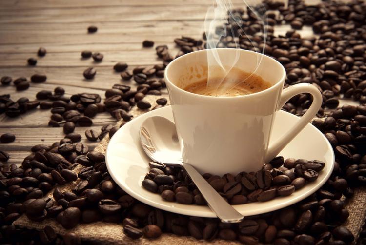 Uống quá nhiều cafe sẽ gây ra cảm giác bồn chồn, lo lắng, không tập trung cho việc học hành.
