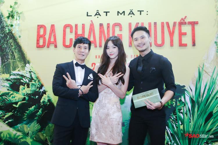 Song Luân hạnh phúc vì có 2 người đẹp Mỹ Duyên và Nene bên cạnh tại buổi ra mắt phim của Lý Hải