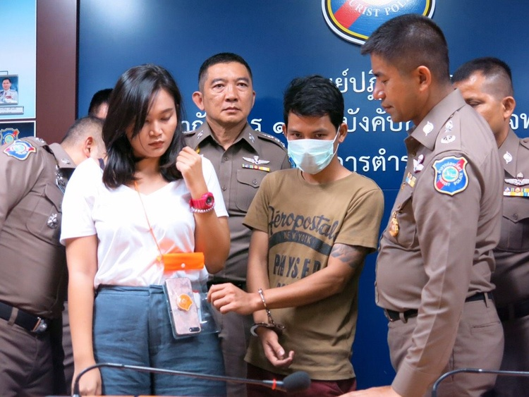 Phung Vinh Loi tại đồn cảnh sát. Ảnh: The Nation