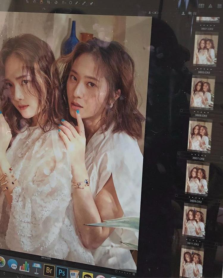 Những shot ảnh chưa qua chỉnh sửa nhưng vẫn đẹp đến nao lòng của chị em họ Jung.