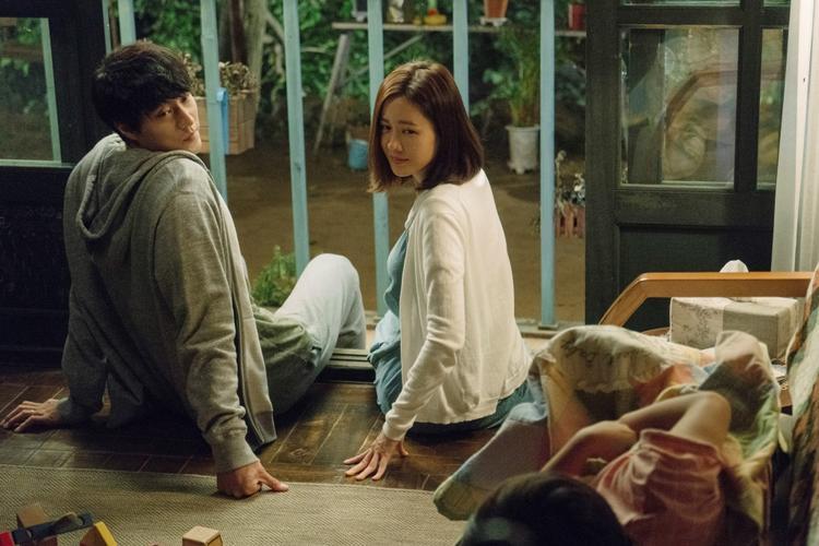 Sau 2 tuần, Be With You của So Ji Sub và Son Ye Jin càn quét phòng vé Việt với doanh thu 35 tỷ đồng