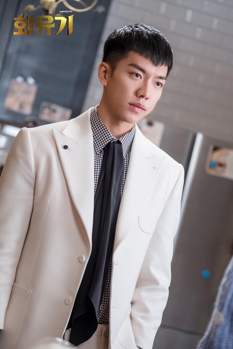 Hình tượng mỹ nam trở lại đầy hoàn hảo của Lee Seung Gi.