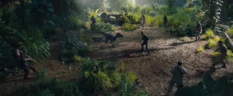 Jurassic World: The Fallen Kingdom tung trailer cuối rùng rợn và hoang dã