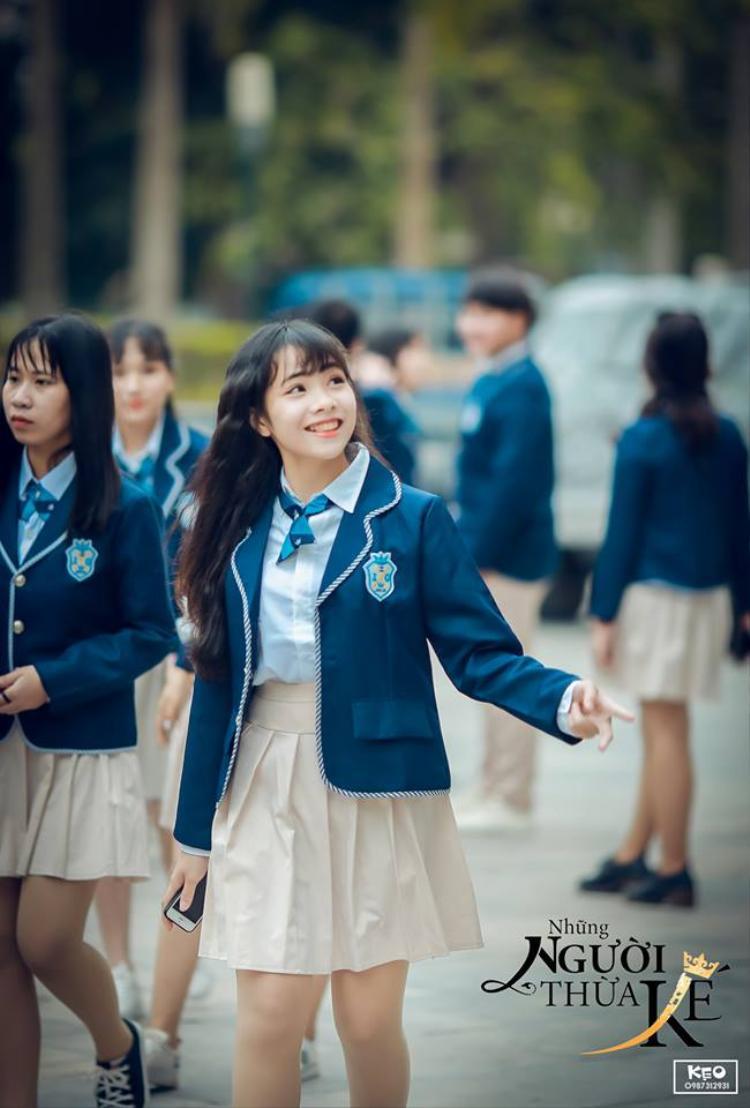 Nữ sinh xinh đẹp trong trang phục của học sinh xứ sở kim chi.