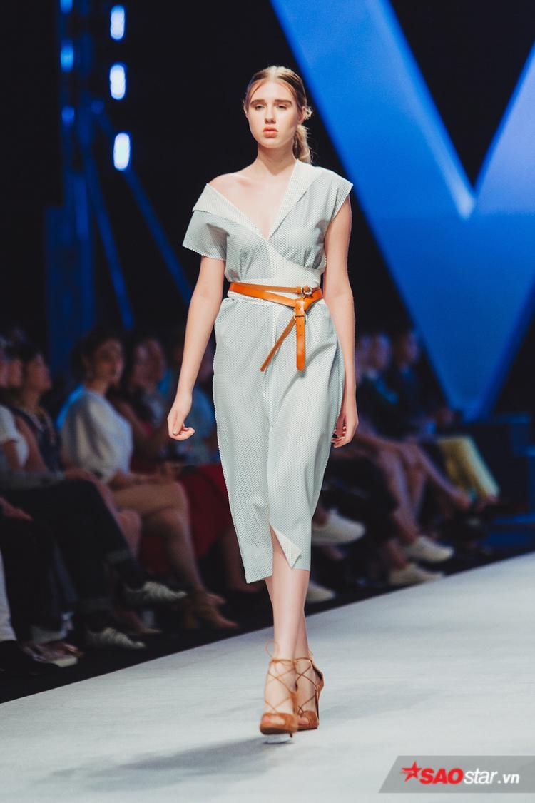 Các thiết kế hầu hết đều sử dụng chất liệu linen, khá mát mẻ, phù hợp với mùa hè.