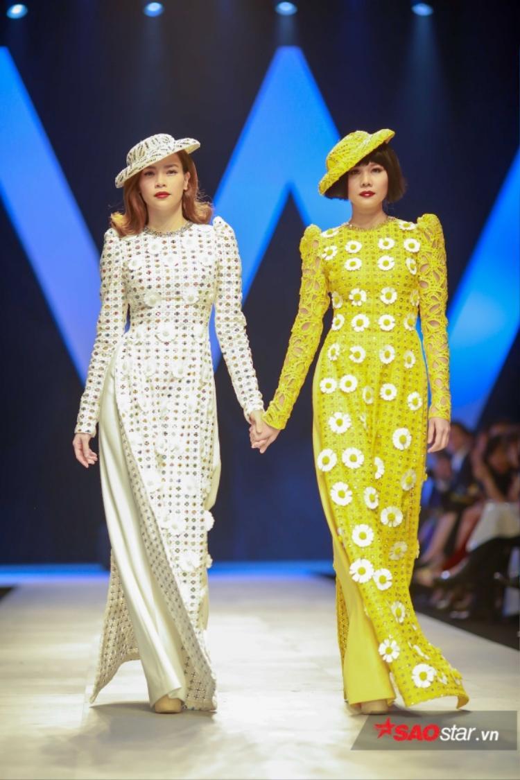 Với phần mở màn hoành tráng thì cái kết của show diễn cũng đẹp không kém khi có sự xuất hiện của hai mỹ nhân Vbiz - Thanh Hằng, Hà Hồ.