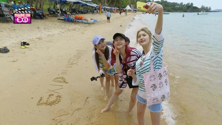 Show thực tế mới nhất của EXID tại Việt Nam.