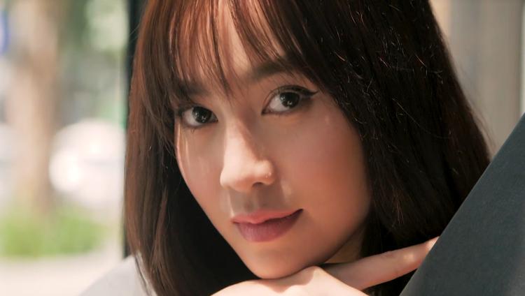 Hé lộ tạo hình quý cô 35 tuổi mê trai trẻ của Lan Ngọc trong 'Gái già lắm chiêu 2'