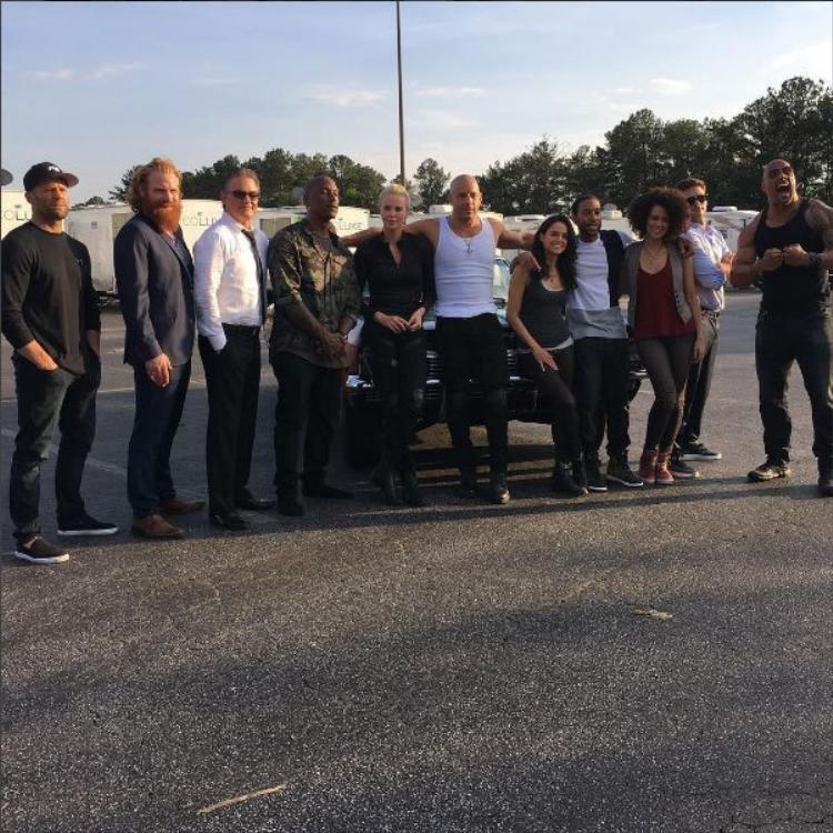 Gia đình Fast & Furious trên phim trường