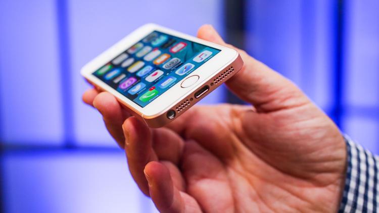 iPhone SE2 có thể có thiết kế tương tự thiết bị tiền nhiệm nhưng sử dụng chất liệu thân máy mới.