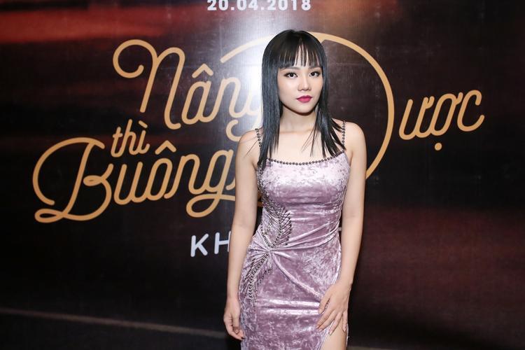 Khả Linh xinh đẹp trong ngày ra mắt sản phẩm mới.