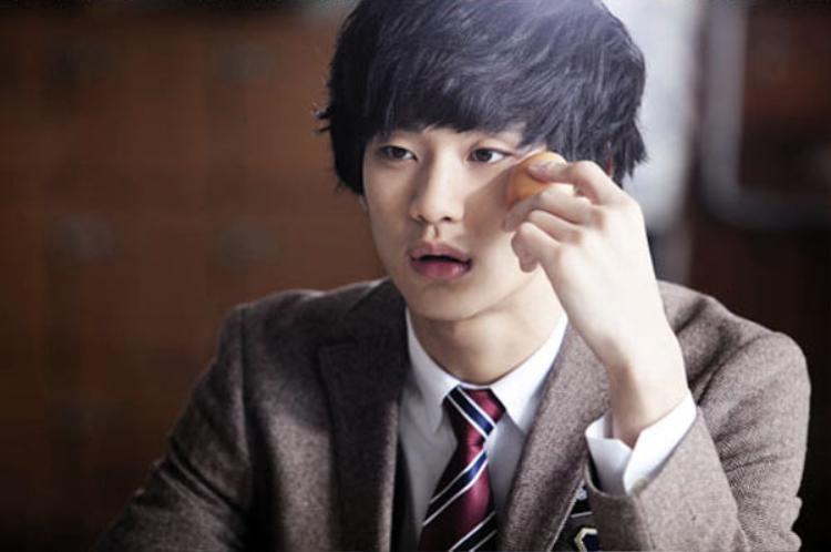 """Soo Hyun trong """"Dream High""""."""