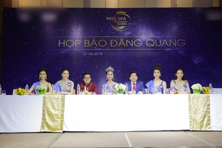 Tân Hoa hậu Biển Việt Nam Toàn cầu 2018 giải thích phần thi ứng xử thiếu sót, khẳng định bằng cấp 3 minh bạch