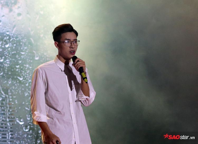 Với khả năng tự sáng tác, hát và nhảy, những bản tình ca dễ thương, đậm chất tình yêu sinh viên của Vũ Thành Huy đã mang lại cho chủ nhân giải thưởng thí sinh được yêu thích nhất.