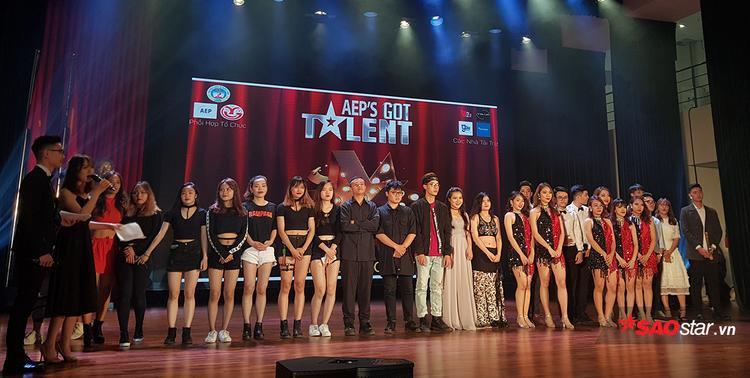 Toàn cảnh 7 thí sinh/nhóm thí sinh xuất sắc nhất trong đêm chung kết.