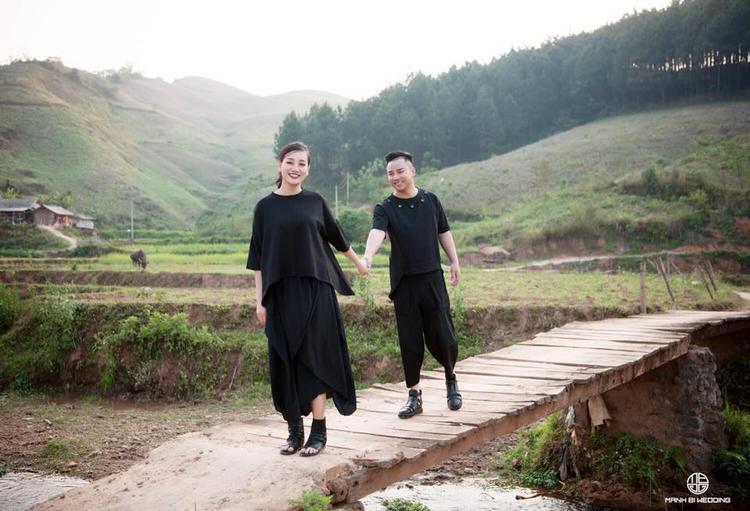 Thiệp cưới Tòa tuyên án cực độc của Hữu Công: Tấm thiệp mô phỏng bản án 2 vợ chồng phải sống chung thân với nhau