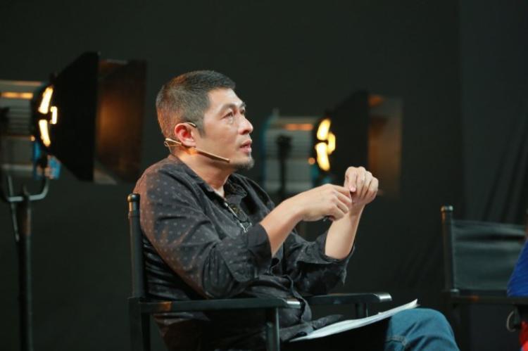 """Đạo diễn Charlie Nguyễn nổi tiếng """"mát tay"""" với các tác phẩm điện ảnh mang đậm tính giải trí."""