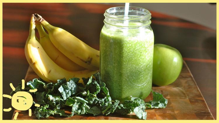 """Các thức uống detox, chuối, hoa quả là """"thần dược"""" của thực đơn trong 8 giờ vàng ngọc."""