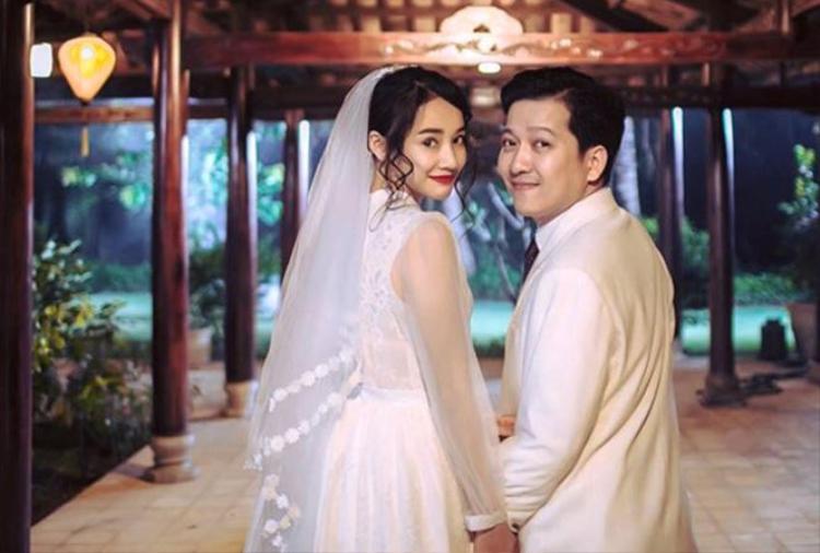 Chia sẻ mong muốn Trường Giang - Nhã Phương có đám cưới hạnh phúc nhưng những hành động của Nam Em hoàn toàn ngược lại.