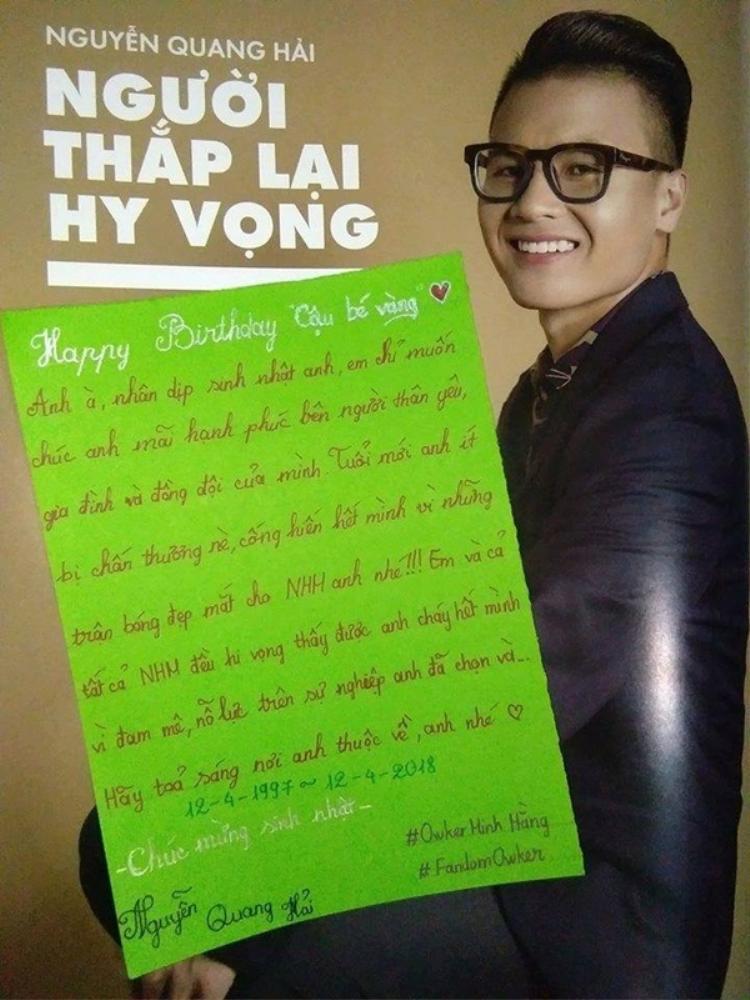 Dĩ nhiên Quang Hải cũng có một project mừng tuổi mới mang tên mình từ người hâm mộ.