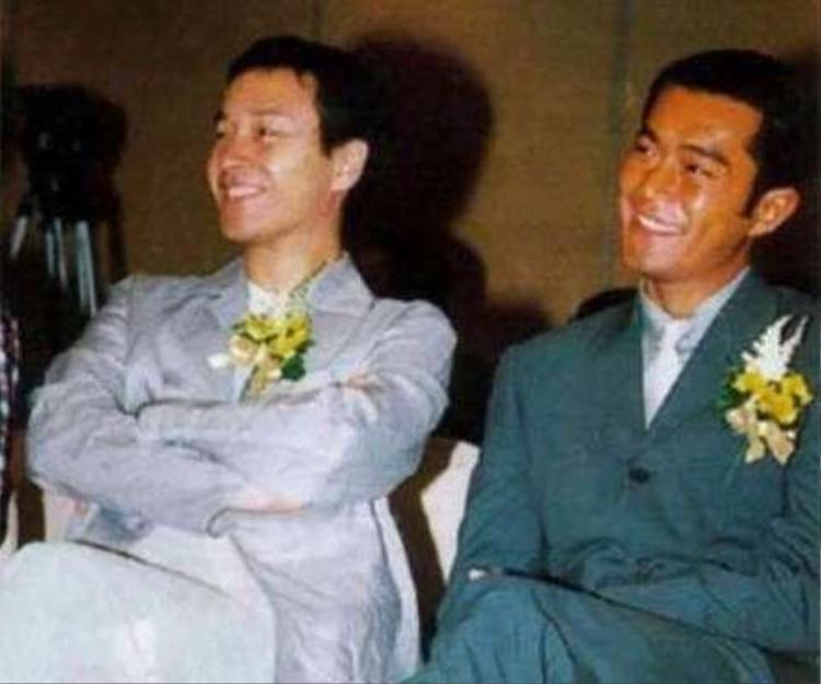 Cổ Thiên Lạc bên cạnh đàn anh Trương Quốc Vinh