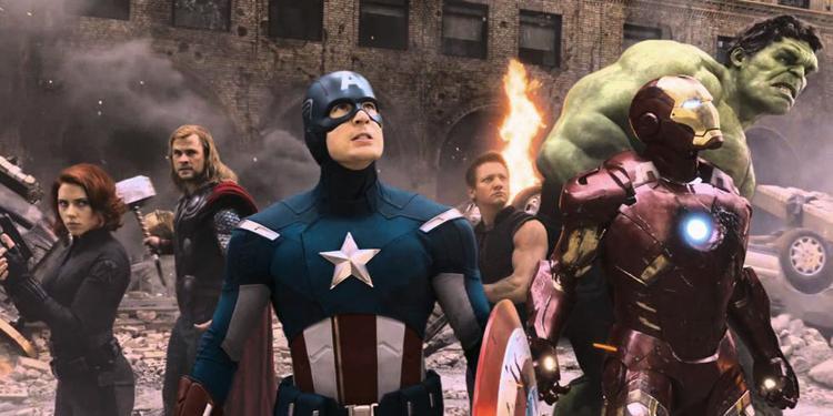 Nằm trong những người sống sót là các thành viên đầu tiên của Avengers.