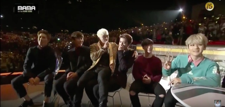 Cạnh tranh nhau là xưa rồi, fan SM và YG đang đồng lòng đẩy thuyền Seungri  Sehun