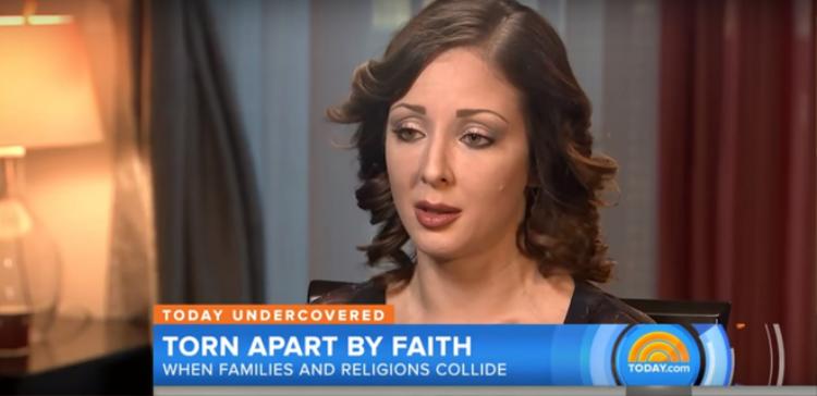 Michelle Colon, cựu hội viên của Hội Thánh Đức Chúa Trời tại Mỹ.