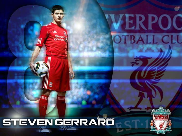 """Híp Híp là một """"fan cuồng"""" của Liverpool, anh đặc biệt yêu thích cựu thủ quânSteven Gerrard."""
