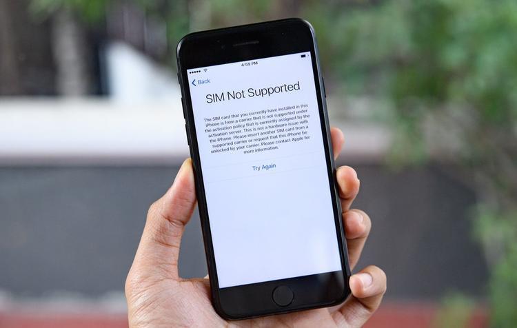 """SIM ghép """"thần thánh"""" liên tục bị khóa khiến người dùng phải quay lại dùng những chiếc SIM ghép kiểu cũ và sửa từng lỗi nhỏ về phần mềm bằng cách jailbrake."""