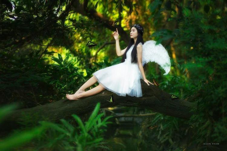 Bản sao Jun Vũ gây thương nhớ với tạo hình thiên sứ mong manh, đẹp như trong cổ tích