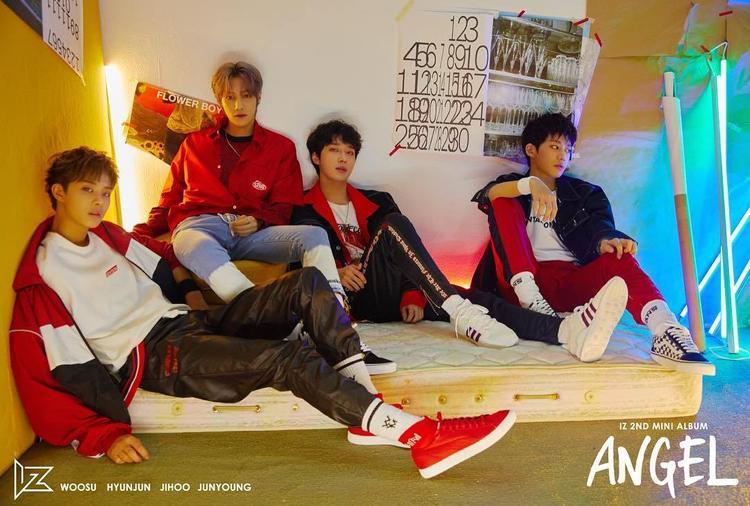 Cùng ngày với Thunder, boy band IZ trở lại với mini album thứ 2 mang tên Angle. Lần này, nhà sản xuất cho album chính là Bang Shi Hyuk - người sáng lập nên Big Hit (công ty quản lí của BTS).