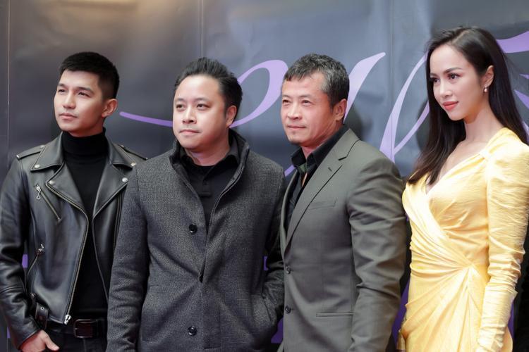 Chuyến đi còn có đạo diễn Victor Vũ.