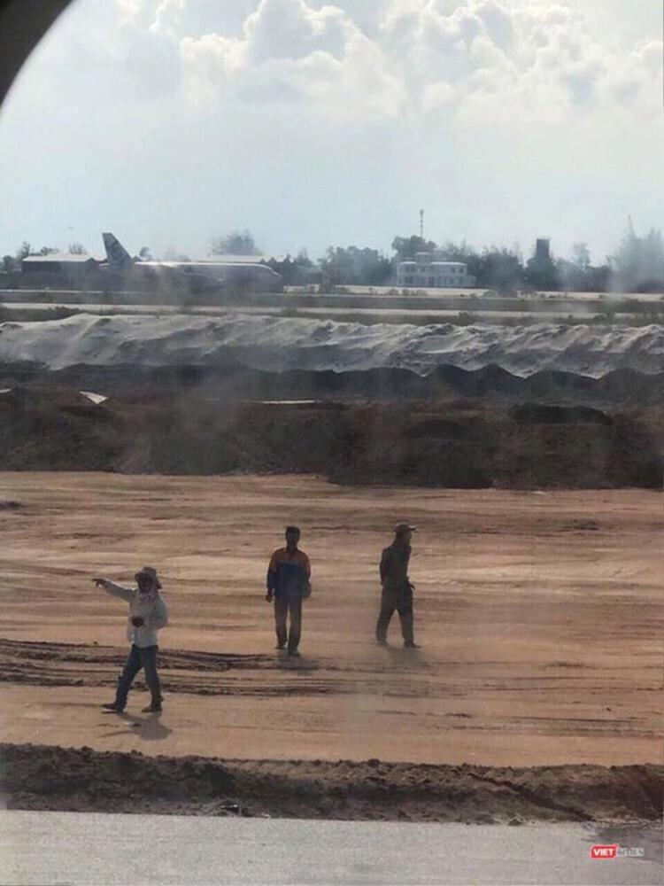 Tàu bay của VNA chở 203 hành khách hạ cánh nhầm xuống đường băng ở sân bay Cam Ranh.