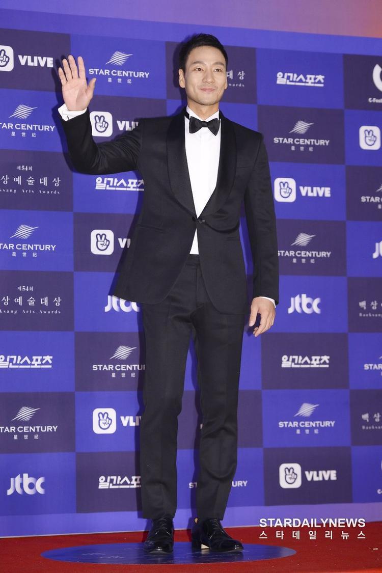 Nam diễn viên Park Hae Soo