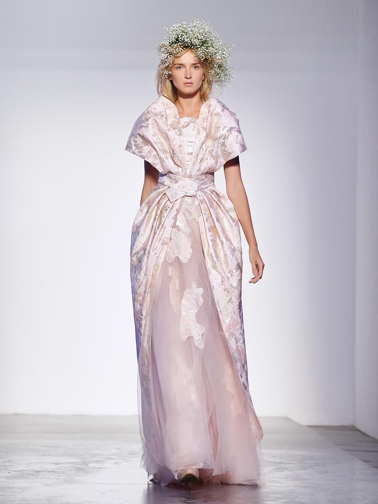 Thiết kế của Phương My xuất hiện trên tạp chí thời trang Ý, chẳng kém cạnh Chanel, Dior