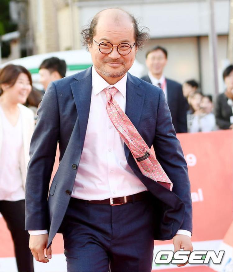 Diễn viên gạo cội Kim Sang Ho.
