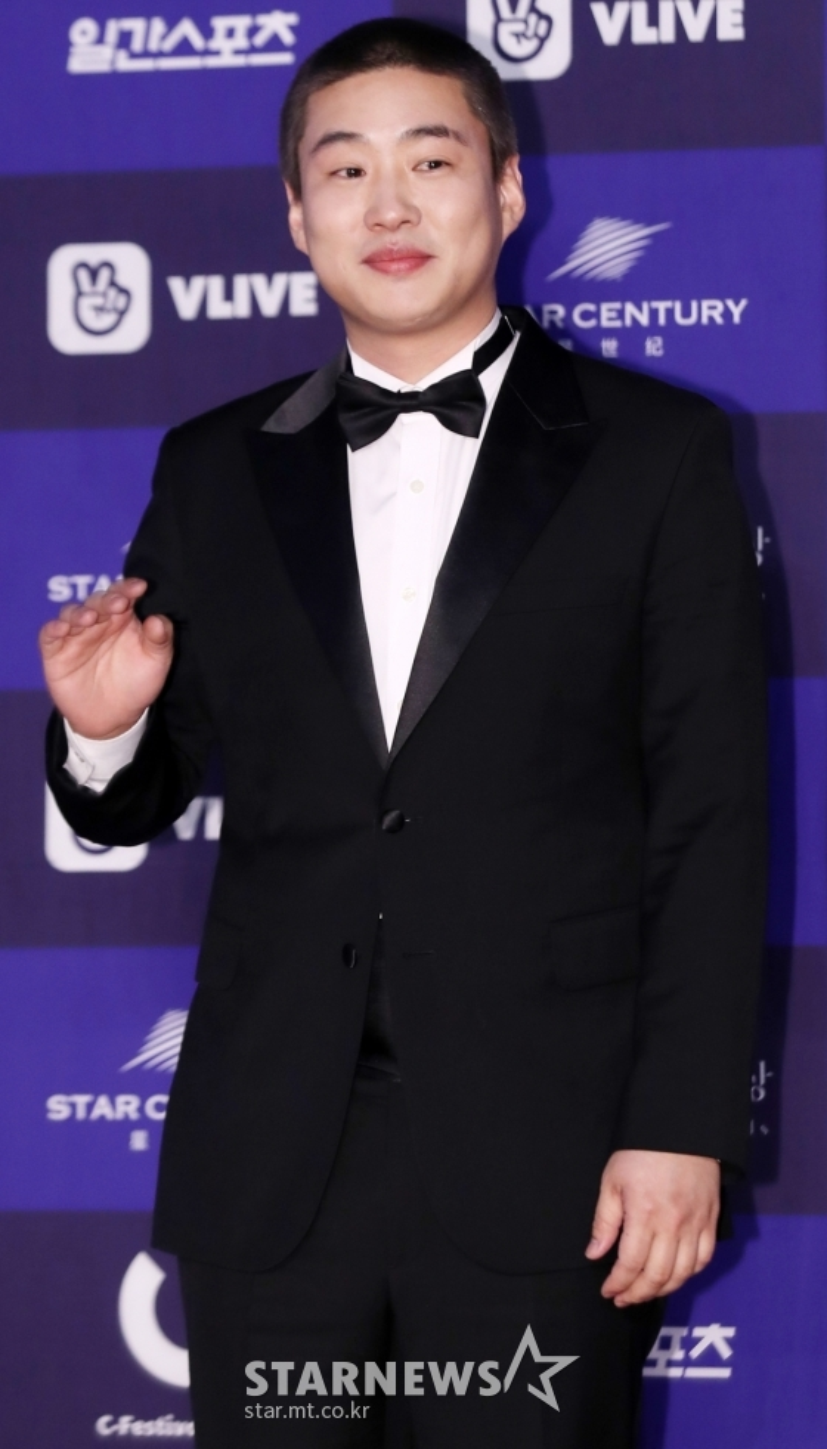 Ahn Jae Hong.