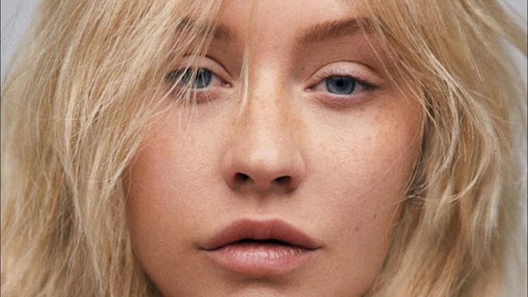 Thôi rồi Christina Aguilera ơi, sau 6 năm chờ đợi, đây là sản phẩm trở lại của chị ư?