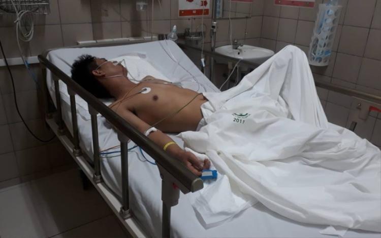 Anh Quyền đang được điều trị tại bệnh viện.