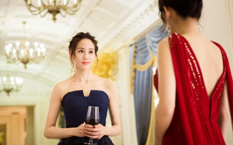 Huyền của Ôn Noãn: Thấp thoáng bóng dáng nữ thần Tô Mạn, phải chăng Trương Quân Ninh đã chọn nhầm vai diễn?