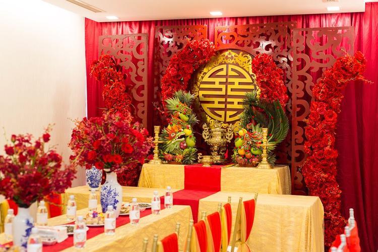 Một số hình ảnh về hôn lễ tại tư gia của Diệp Lâm Anh và vị hôn phu Đức Phạm.