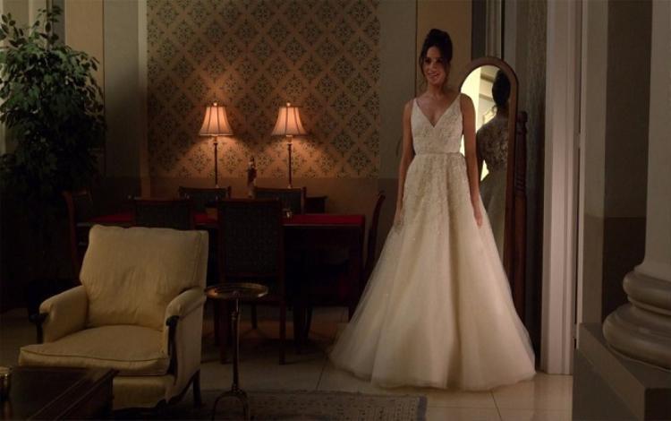 Nhờ luyện tập chăm chỉ, Meghan Markle dã có vóc dáng hoàn hảo cho bộ váy cưới Hoàng gia