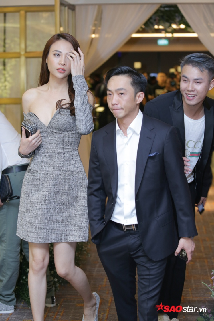 Cường Đô La - Đàm Thu Trang xuất hiện cùng nhau tại tiệc cưới của Diệp Lâm Anh.