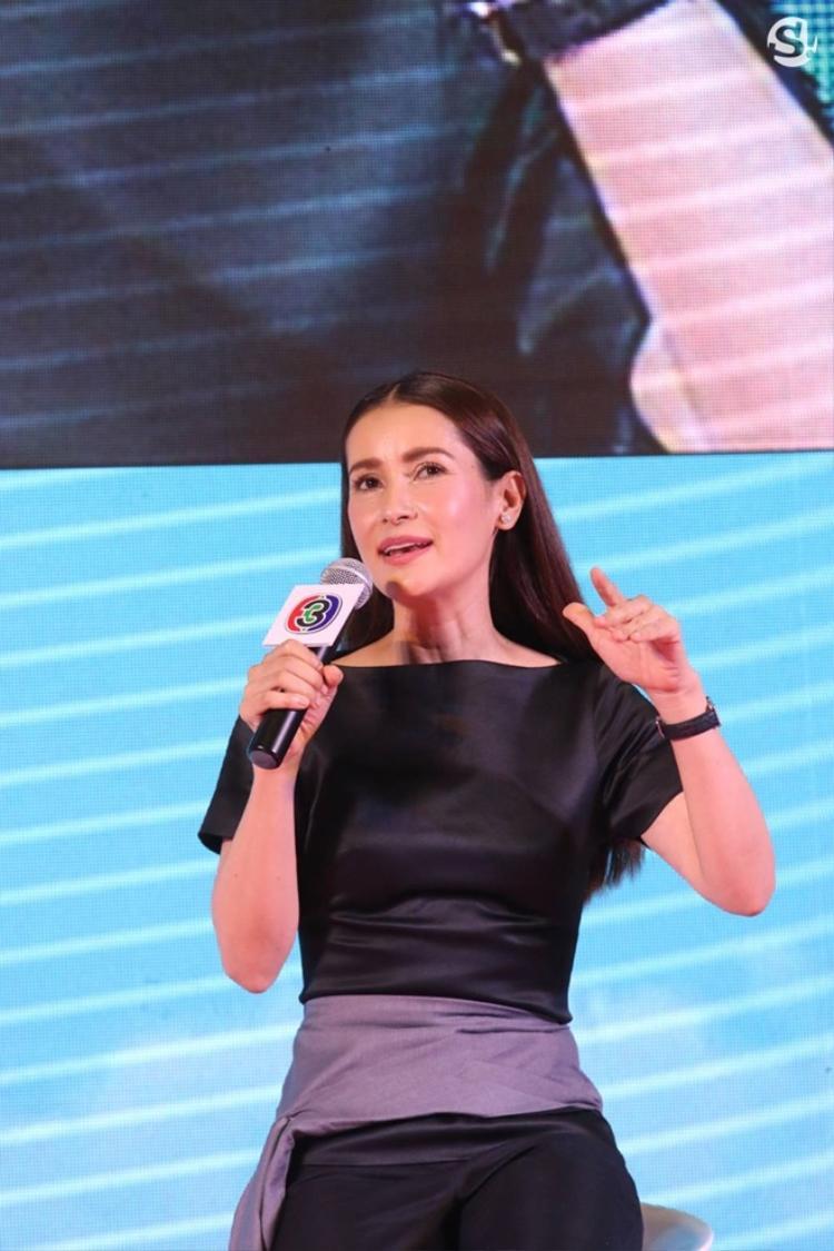 """Nhà sản xuất Anne Thongprasom đang lên kế hoạch sản xuất dự án tiếp theo. Cặp đôi được """"chị đại"""" CH3 ghép đôi tiếp theo là Mark Prin và Mew Nittha."""
