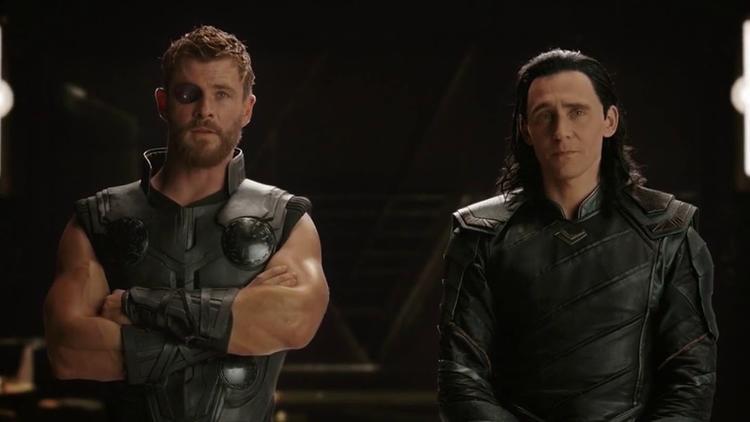 Phần after-credit của Thor: Ragnarok đánh dấu sự xuất hiện của Thanos khiến toàn dân rúng động.