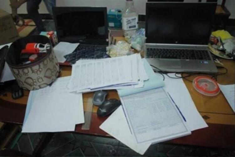 Một số tài liệu được Công an thu giữ trong quá trình điều tra.