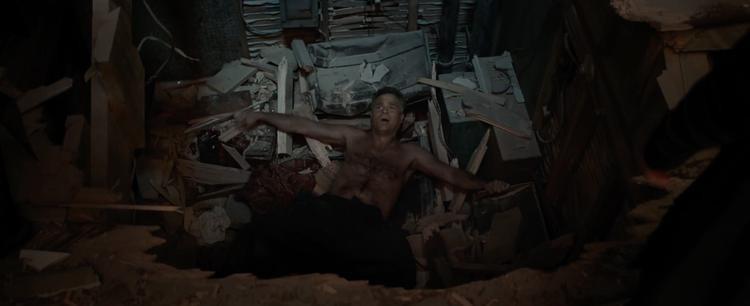 Bruce Banner đâm sầm xuống căn cứ địa của Doctor Strange.