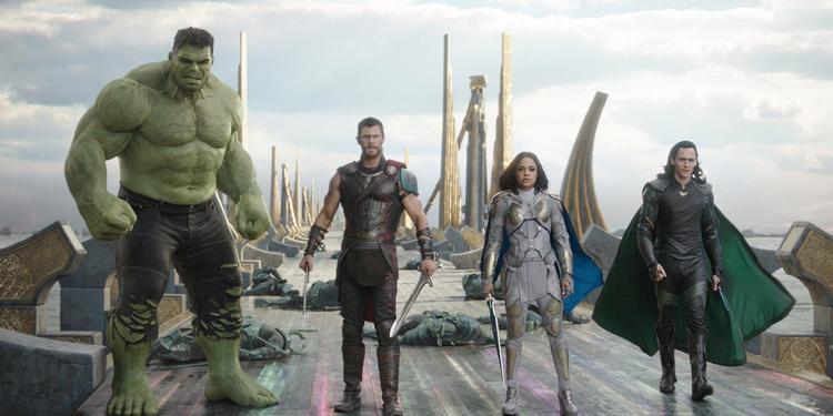 Cái kết của Thor: Ragnarok cũng là phần mở đầu của Avengers: Infinity War.