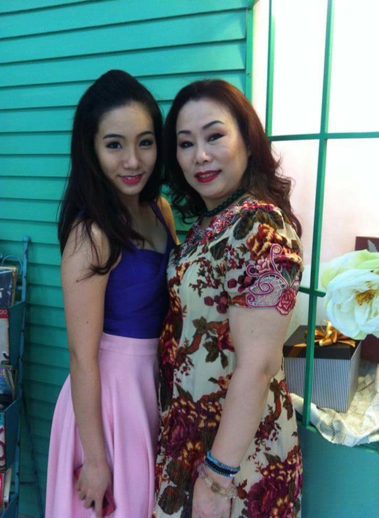 Những bà mẹ của sao Việt mạnh mẽ cùng con đương đầu với bão scandal